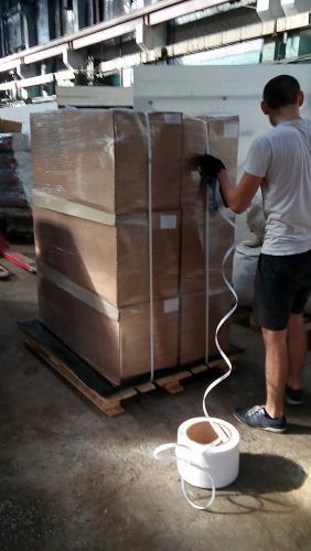 Упаковка палеты с коробками